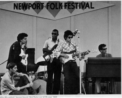 Bob Dylan se amplifica y los folkies lo quieren matar en Newport ...