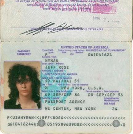 pasaporte joey ramone