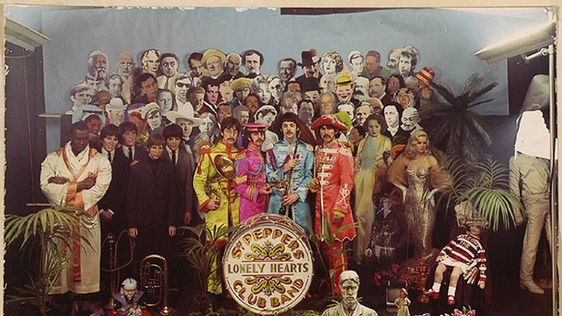Los Beatles Sgt Peppers Lonely Hearts Club Band
