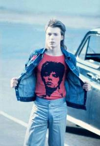 Sid Vicios was a Bowie fan as you can see on this pic  Thanks to Sex Pistols archives